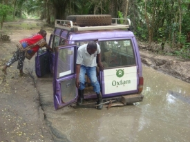 road-to-niangara-in-province-orientale-drc